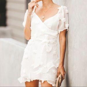VICI Lovey Dovey Tie Dress L 👰🏽